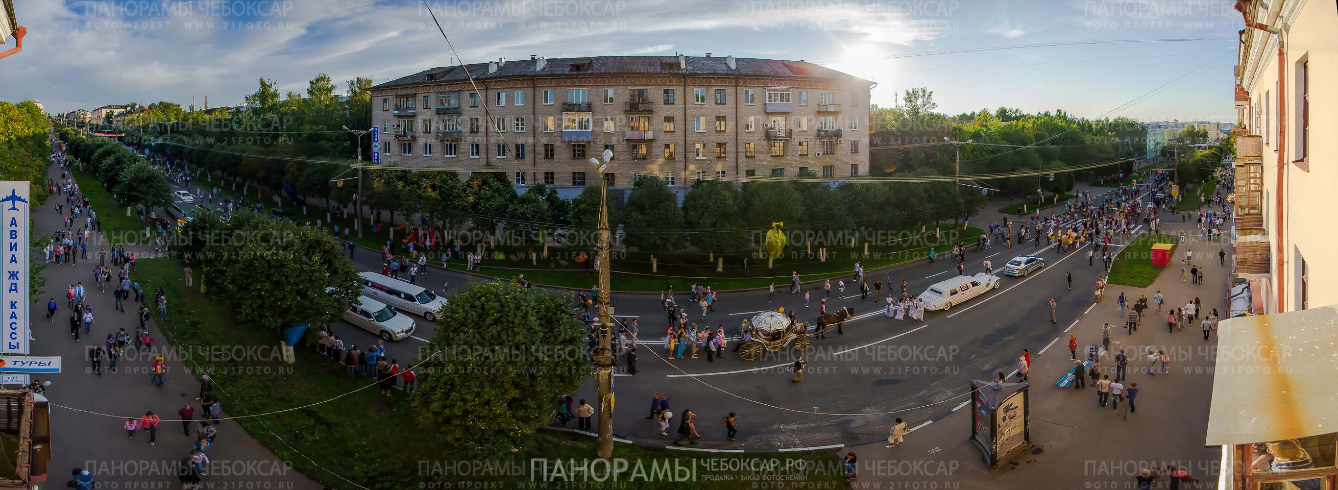 Свадебный парад на День города в Чебоксарах