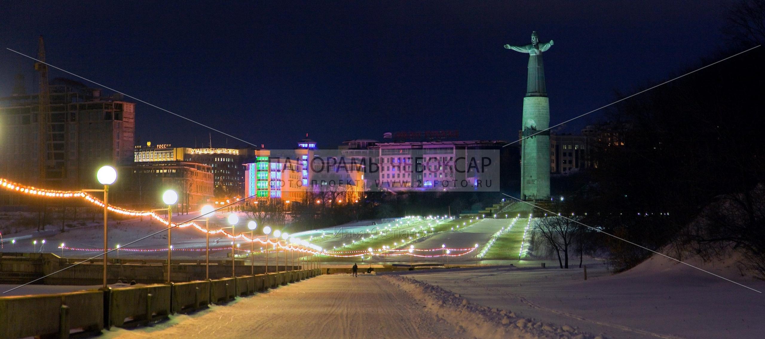 Монумент Матери-Покровительнице — Илья Степанов — Чебоксары