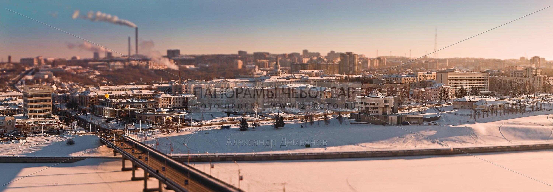 Фото-панорама Чебоксарского Залива Зимой, вид на московский мост и дом мод