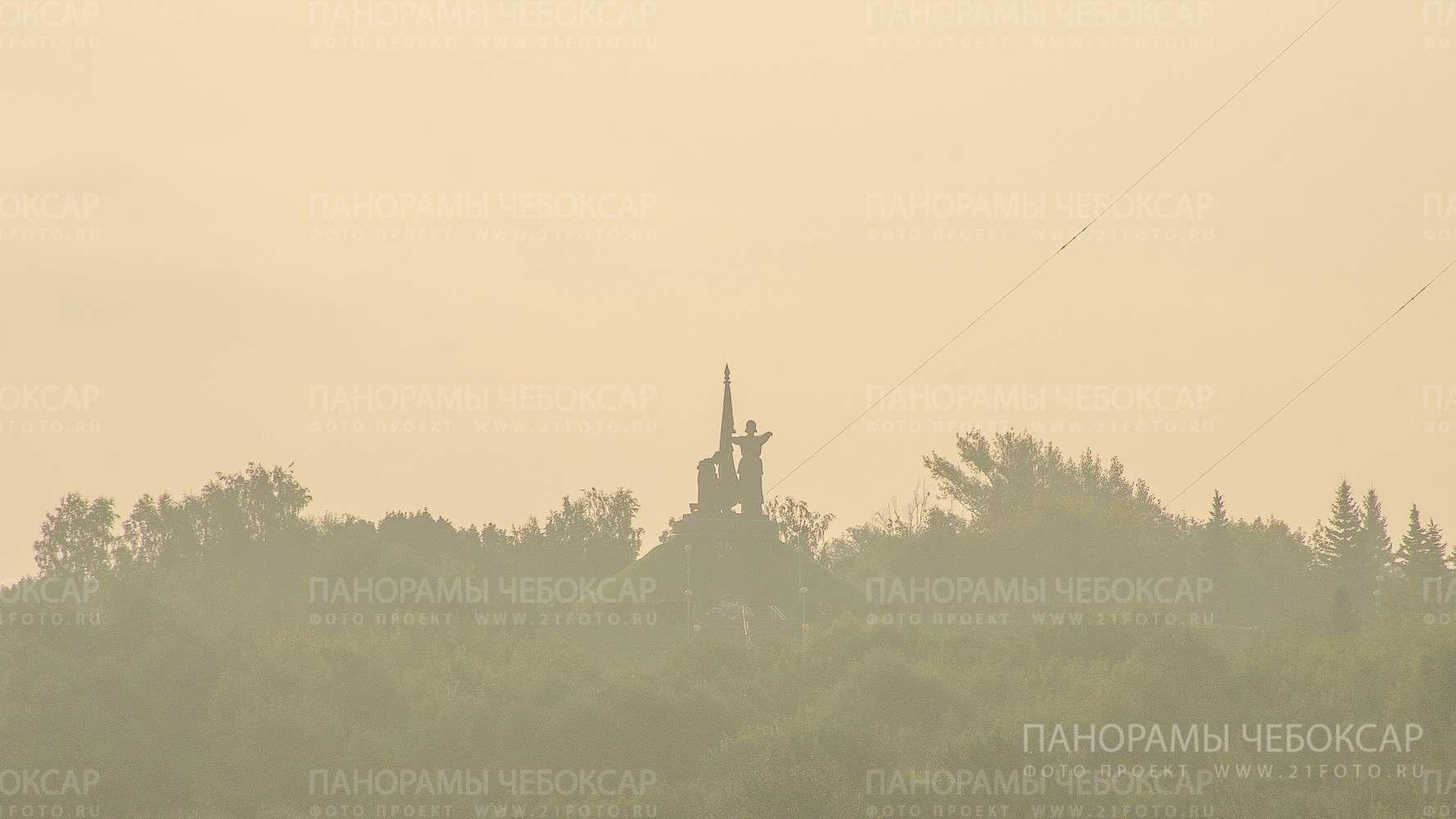 Монумент воинской славы на рассвете