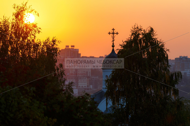 Центр города на закате