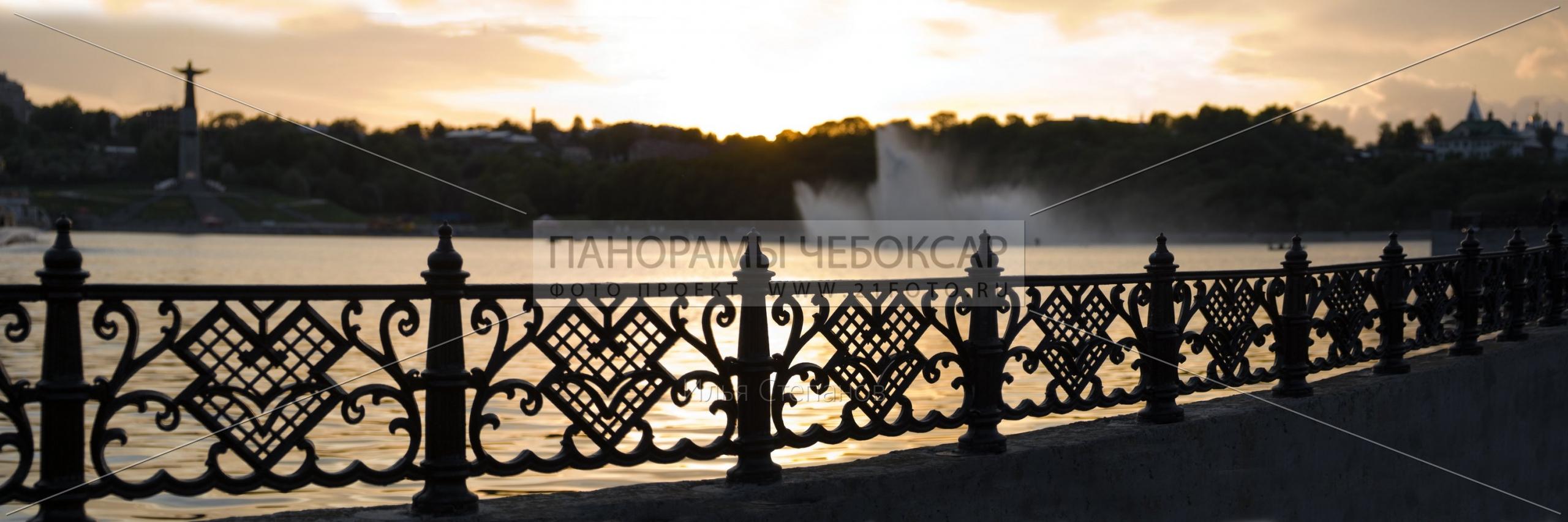 Вечерние фонтаны — Илья Степанов — Чебоксары