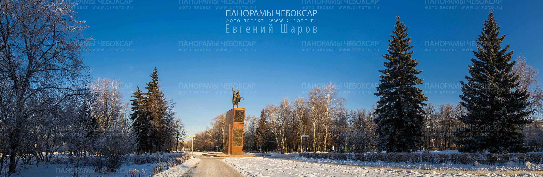 Памятник Чапаеву зимой