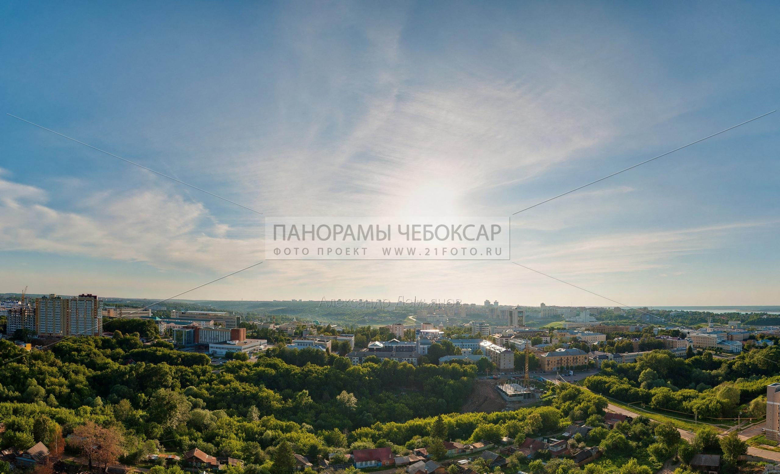Центр города Чебоксары перед закатом