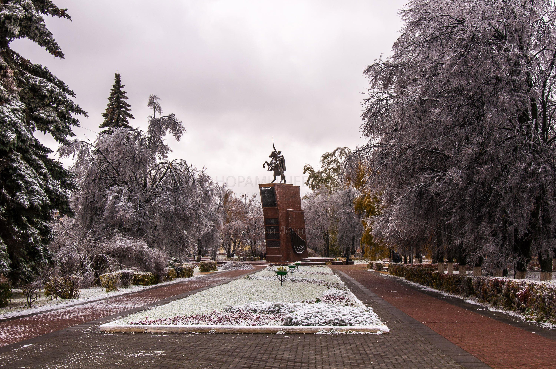 Памятник Чапаеву в Чебоксарах. Зима 2014