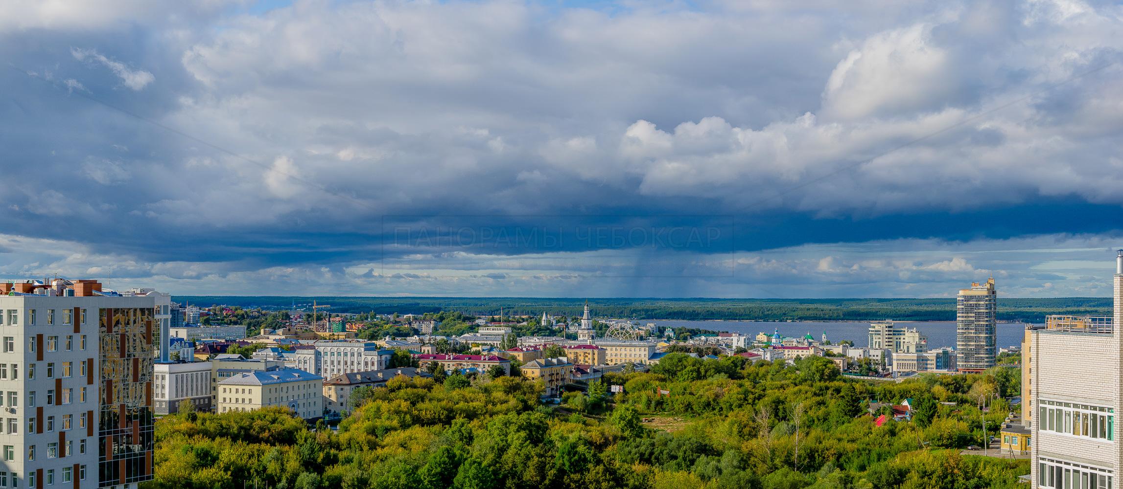 Центр города Чебоксары летом Дожди в заволжье 2019
